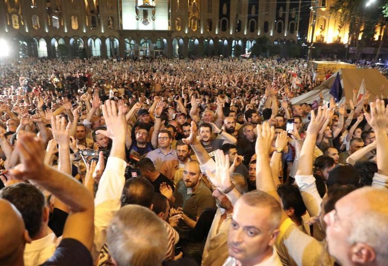 МВД Грузии сообщило о присутствии 5,5 тысячи человек на акции в Тбилиси