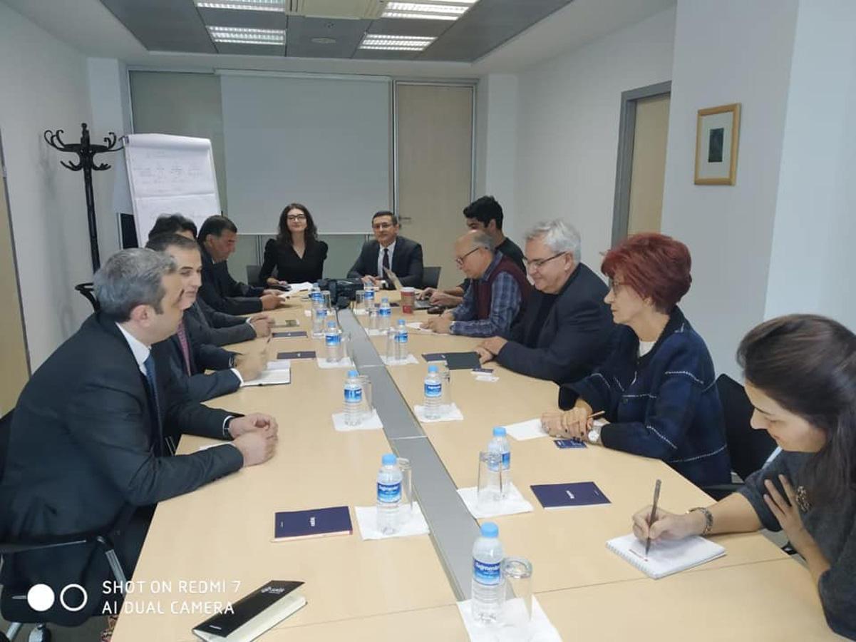 Азербайджанская община Нагорного Карабаха проводит встречи в Турции