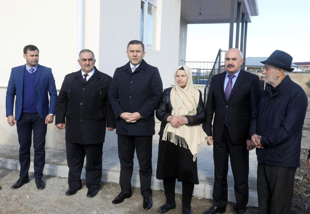 Семьи шехидов и инвалиды Карабахской войны получили десятки новых домов