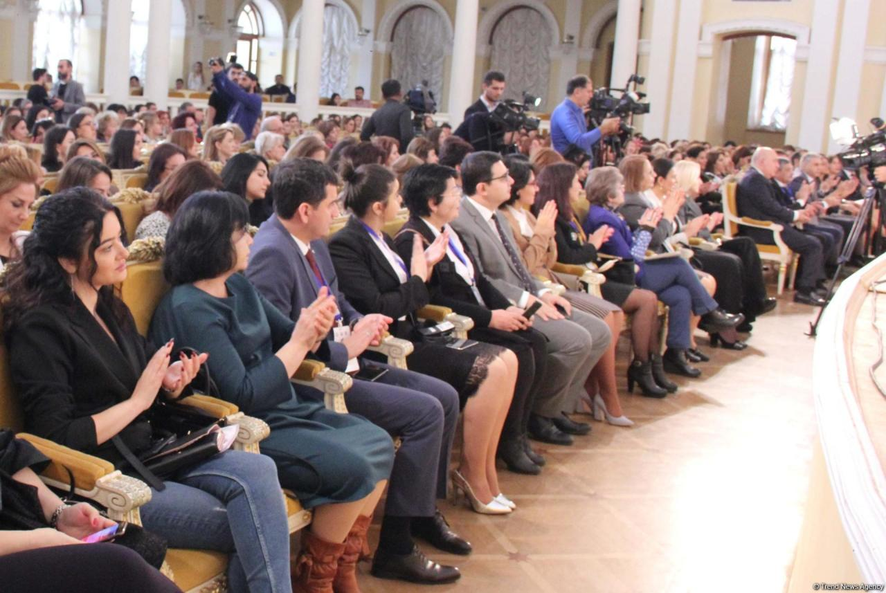 В Баку открылся второй Международный женский форум предпринимателей