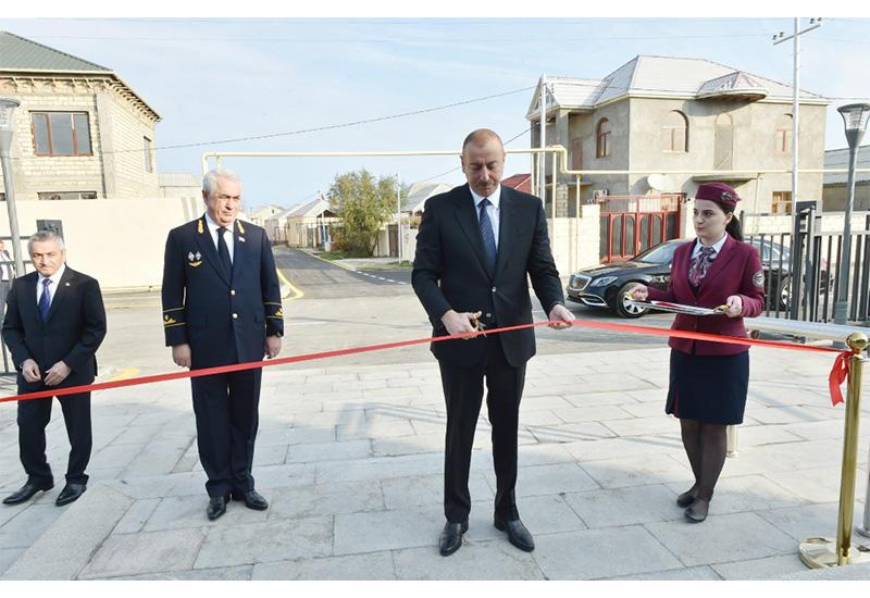 Президент Ильхам Алиев принял участие в открытии после реконструкции линии Сабунчи-Пиршаги Бакинской кольцевой железной дороги