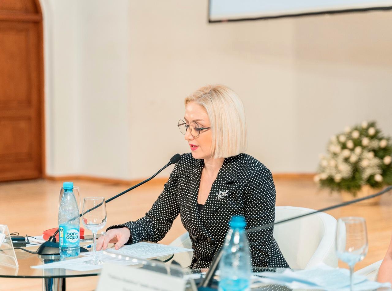 В Баку прошли панельные заседания в рамках второго Международного женского форума предпринимателей