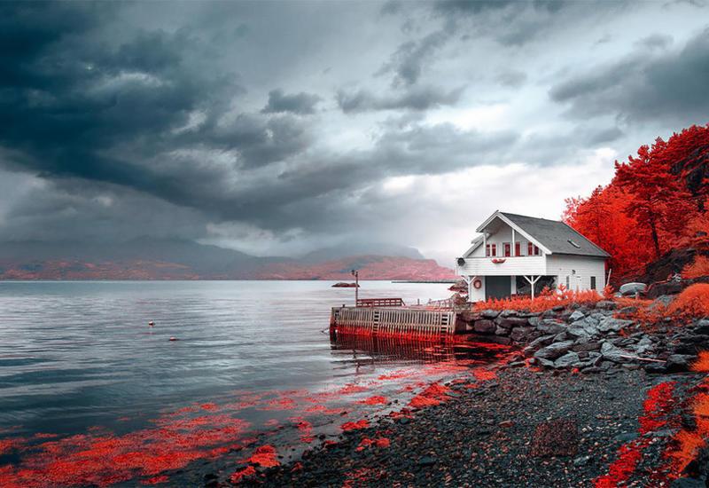 Необыкновенная таинственность cуровой Норвегии в инфракрасных cнимках