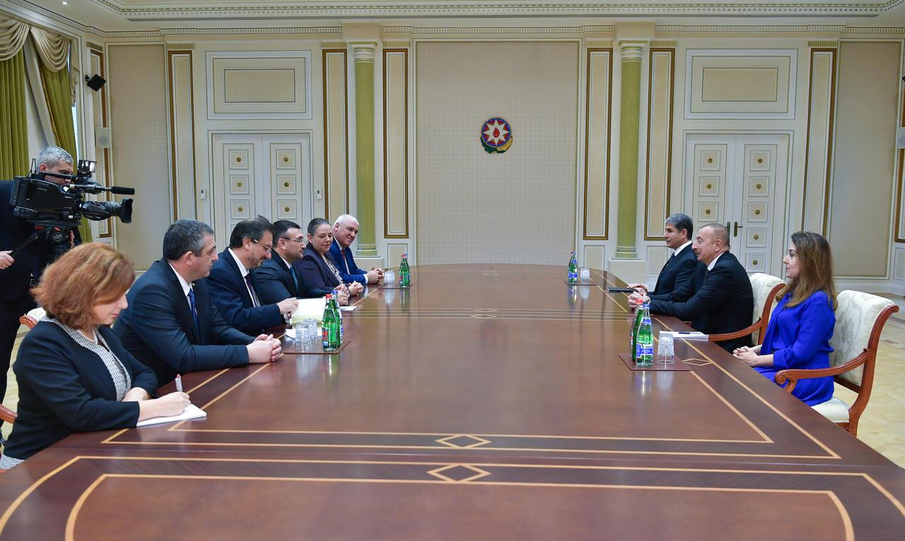 Президент Ильхам Алиев принял делегацию во главе с министром внутренних дел Болгарии