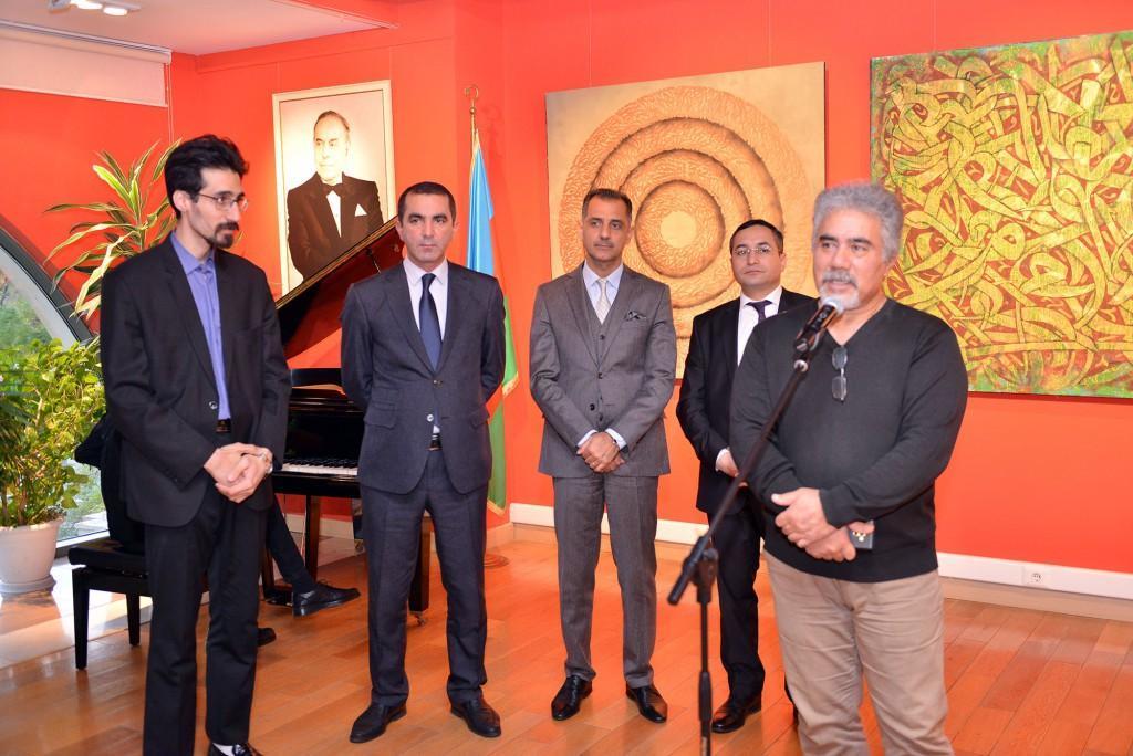 Иранский художник представил свои работы в Баку