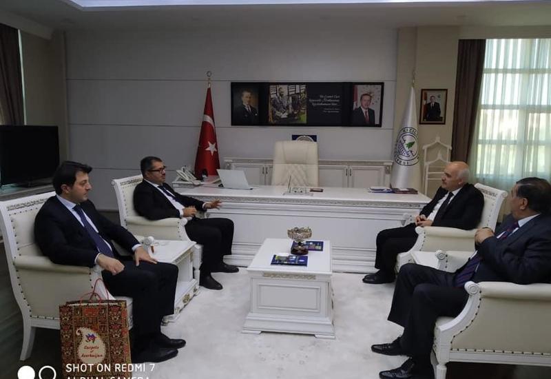 Делегация Азербайджанской общины Нагорного Карабаха провела в Анкаре ряд встреч