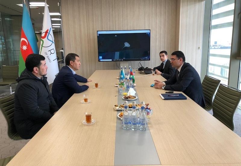 Азербайджан и Казахстан обсудили увеличение грузоперевозок по морю