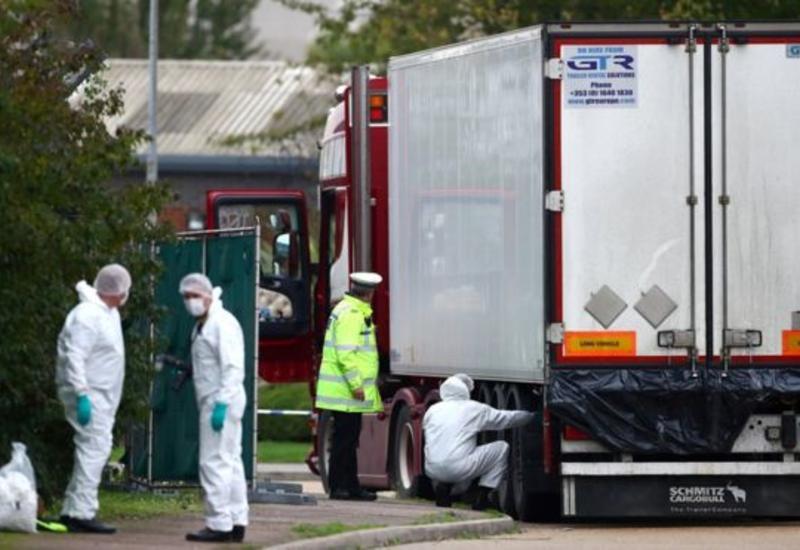 В Британии предъявлены обвинения третьему подозреваемому по делу о гибели 39 мигрантов