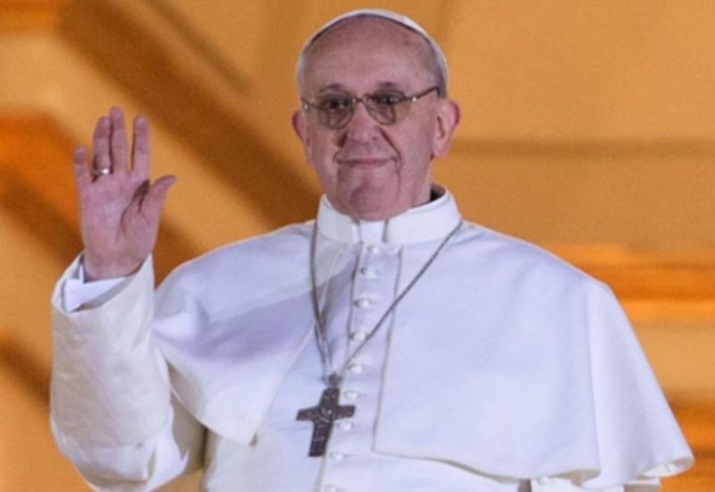 Папа Римский помолился в Японии за жертв атомных бомбардировок и христианских мучеников