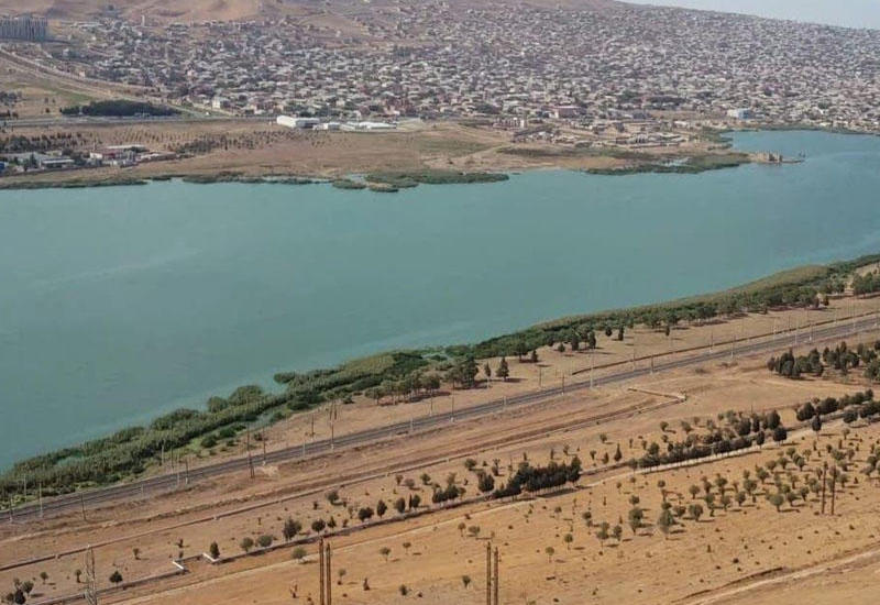 Азербайджанские университеты переместят к озеру Ходжасан