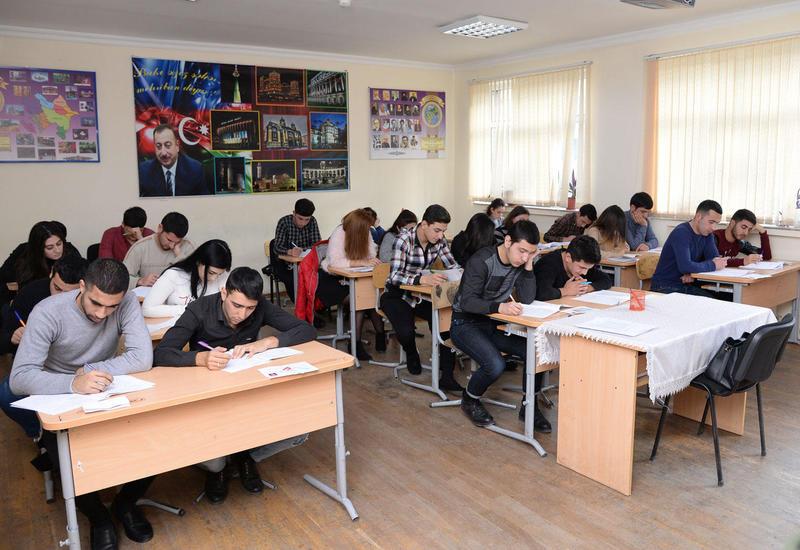 Лица без полного среднего образования в Азербайджане получат шанс сдать экзамен экстерном