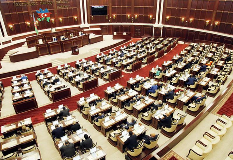 Действующий парламент создает вакуум между правительством и народом