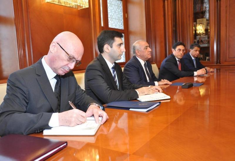 Премьер-министр Азербайджана встретился с главой МИД Словакии