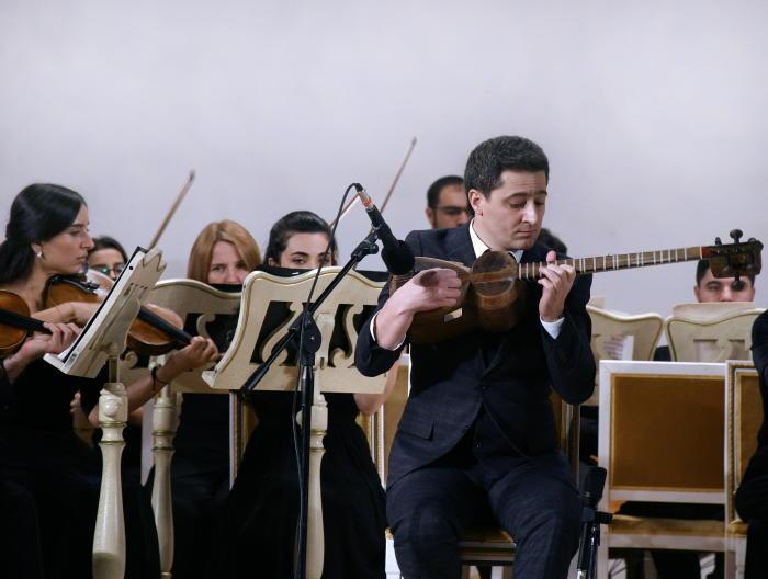 В Филармонии прошел яркий концерт камерного оркестра имени Гара Гараева