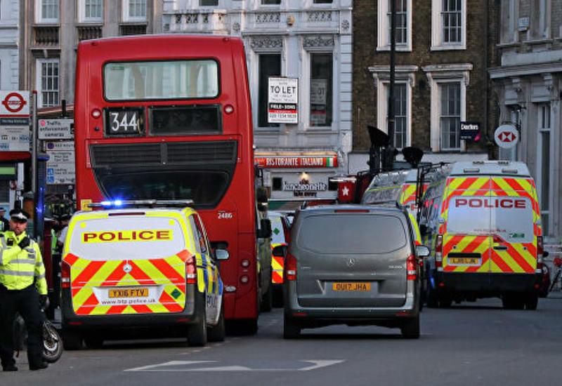 В Британии приспустили флаги в память о жертвах нападения в Лондоне