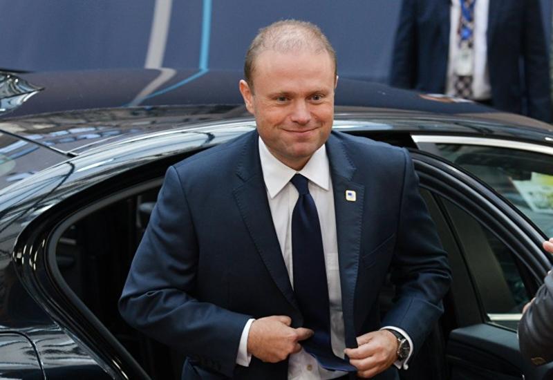Премьер Мальты уходит в отставку