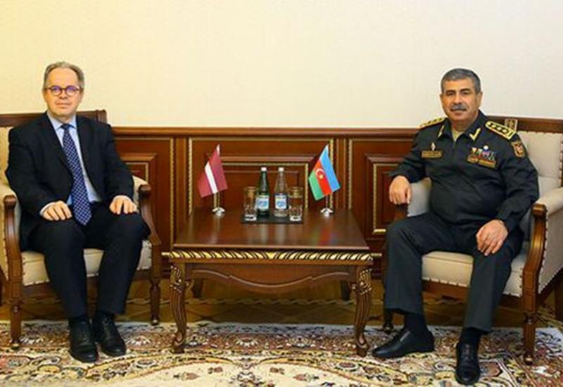 Закир Гасанов на переговорах с новым послом Латвии