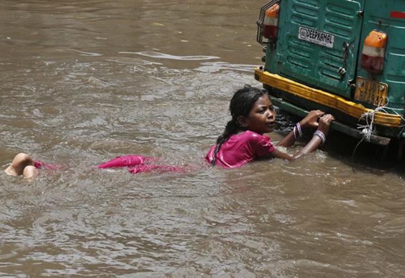Растет число погибших из-за ливней в Индии