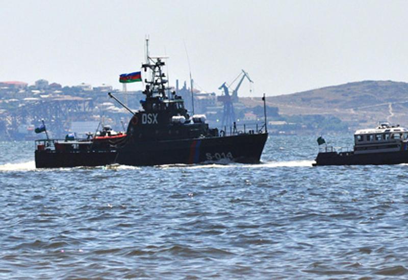 Азербайджанские пограничники помогли экипажам иранского и российского сухогрузов