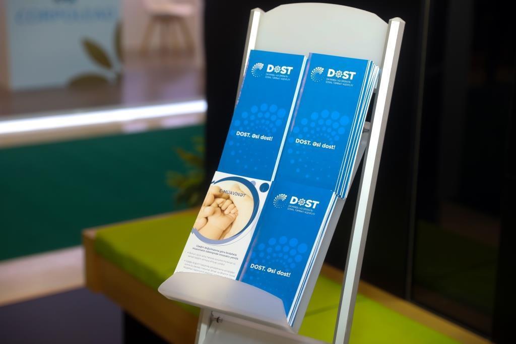 На выставке Bakutel Центр DOST оказывает гражданам услуги без регистрации