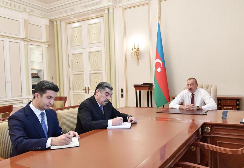 Президент Ильхам Алиев принял Рустама Халилова и Вугара Новрузова в связи с их назначением на должности глав Исполнительной власти Гаджигабульского района и города Нафталан