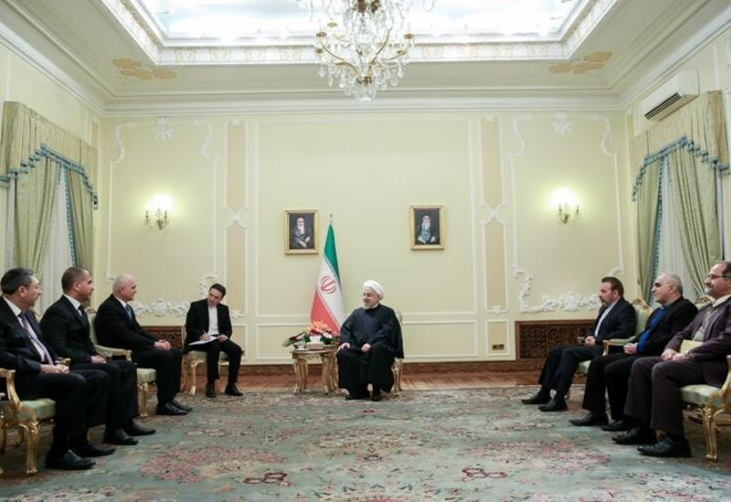 Хасан Роухани: Иран детально изучит совместные с Азербайджаном проекты по нефтедобыче