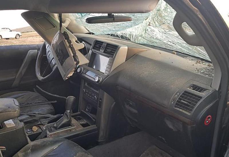 В Баку автомобиль сбил сотрудника полиции