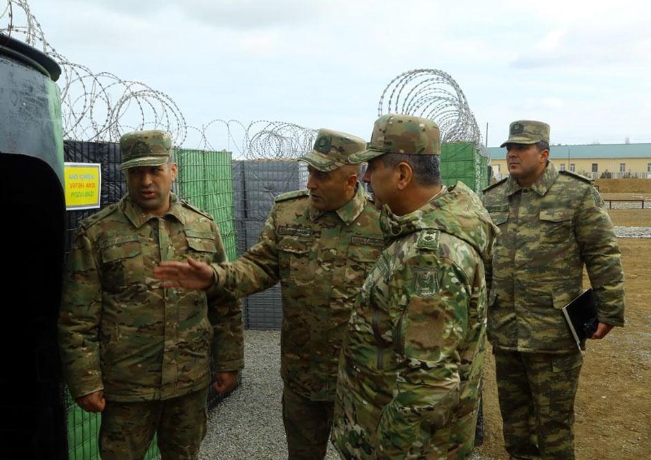 Закир Гасанов проверил боеготовность воинских частей в прифронтовой зоне