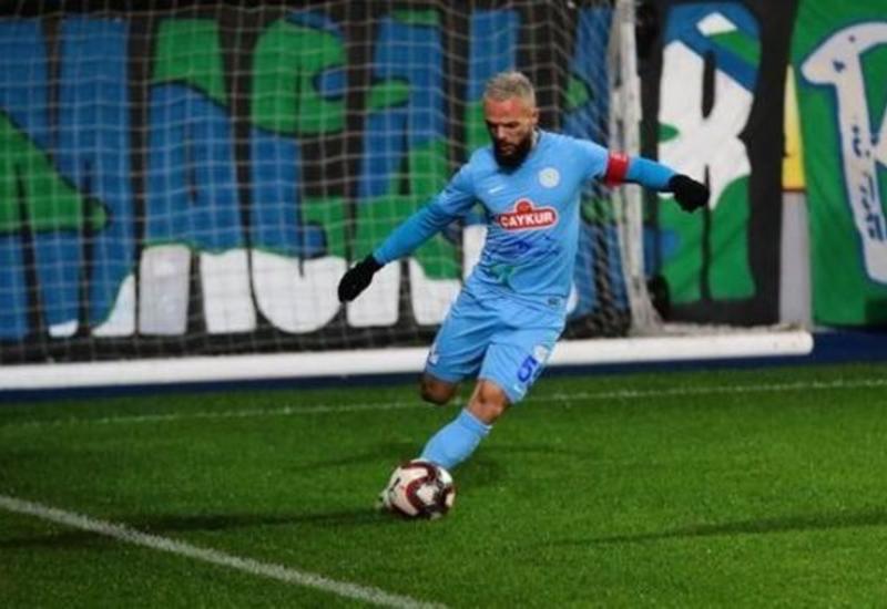 Украинский защитник забил гол с 40 метров со штрафного