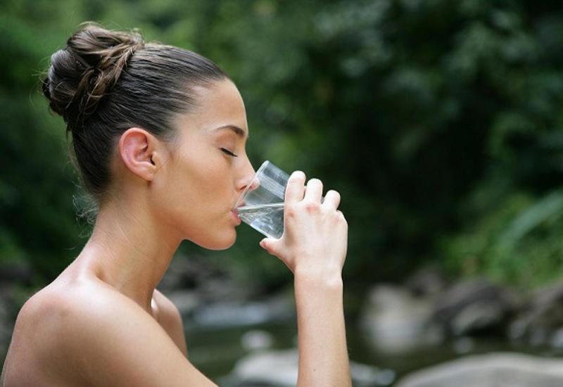 Вкаких случаях лучше непить воду