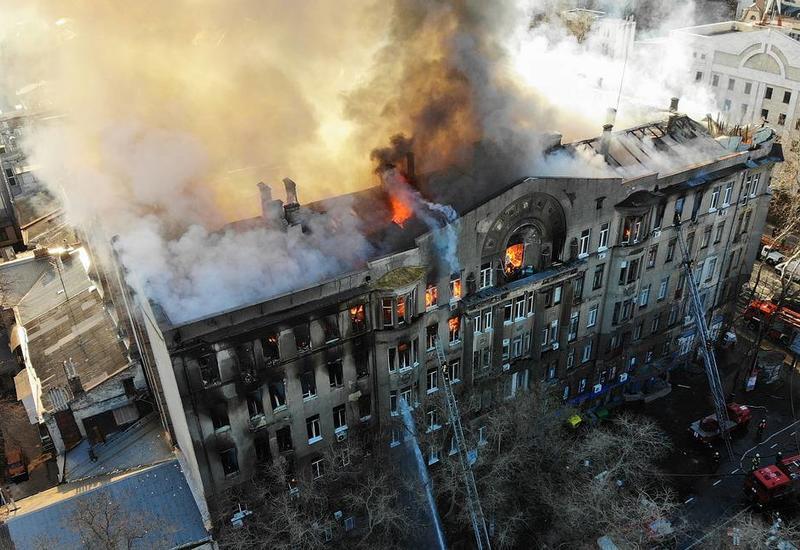 Число погибших при пожаре в Одесском колледже выросло