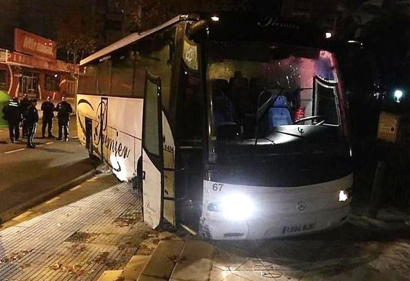 Турист устроил экстремальный заезд на угнанном автобусе в Испании