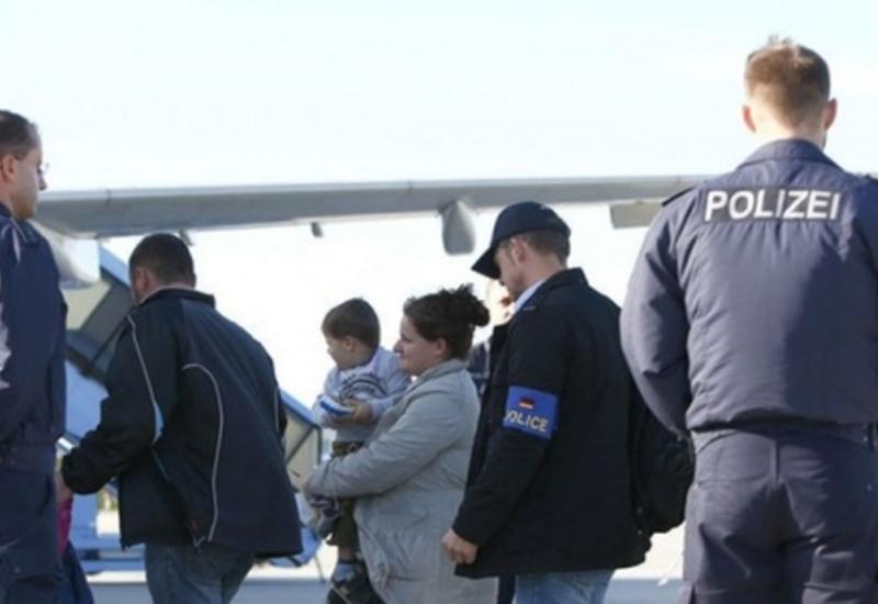 Германия обяжет мигрантов выплатить расходы за депортацию