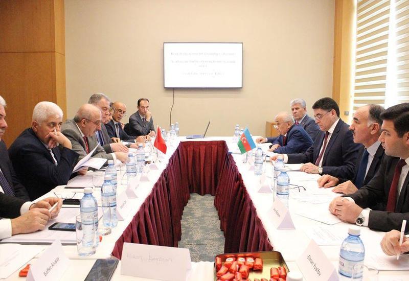 Азербайджан и Турция обсудили в Баку перспективы развития перевозок