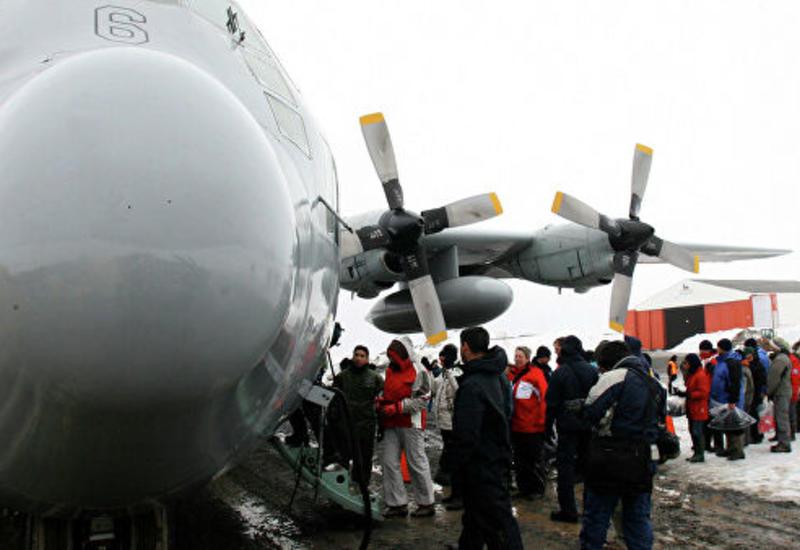 Чилийский военный самолет с 38 людьми на борту разбился