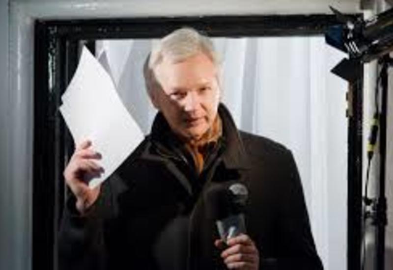 Представитель основателя WikiLeaks считает ситуацию с Ассанжем критической