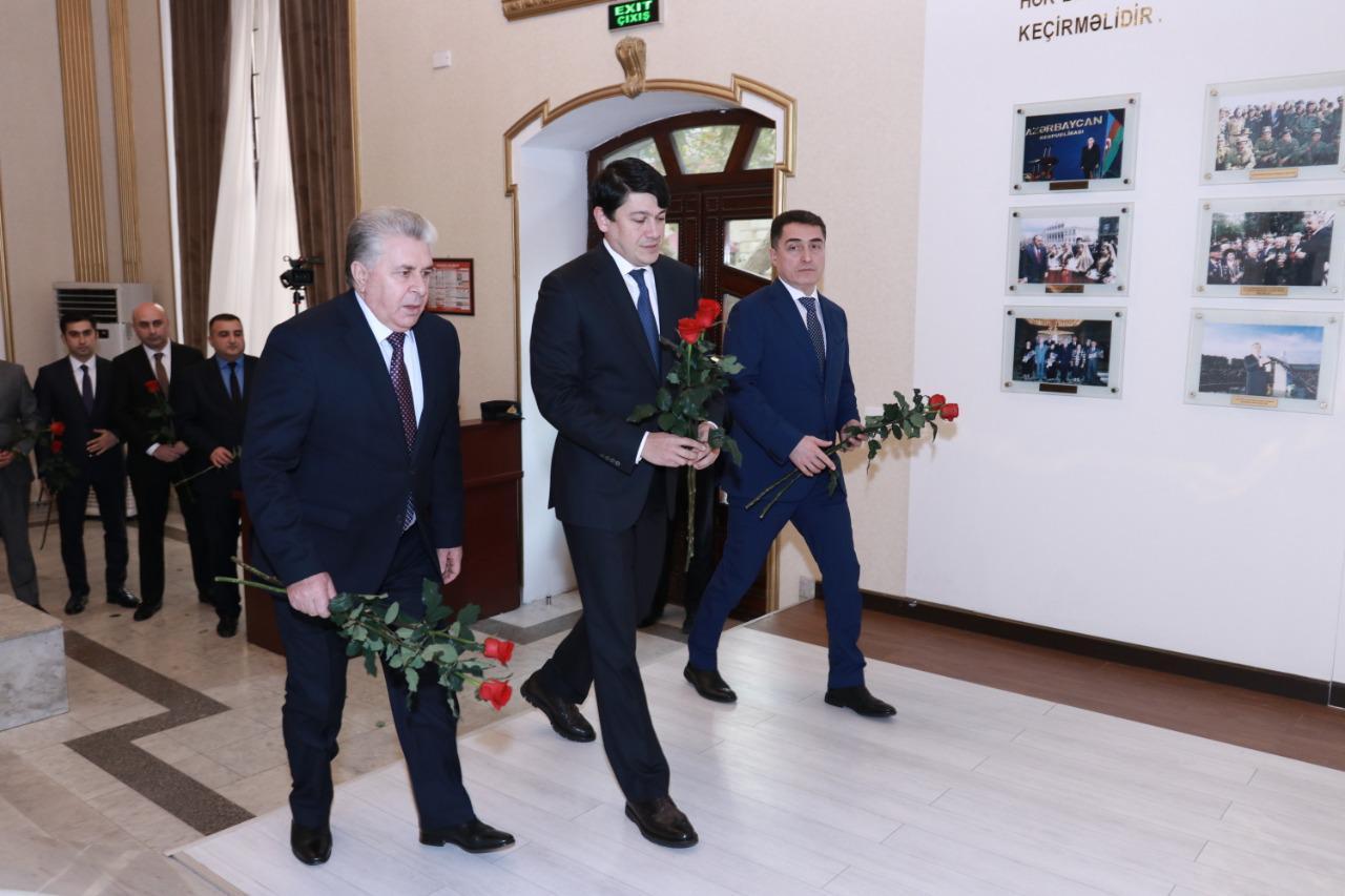 В Государственном комитете по работе с диаспорой проведен день памяти выдающегося государственного деятеля Гейдара Алиева