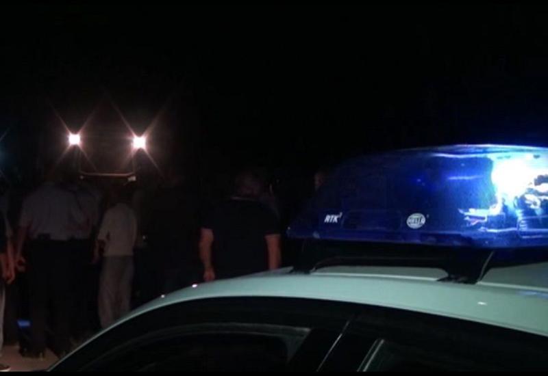 Момент смерти двух студентов в Баку под колесами «КамАЗа» попал на видео
