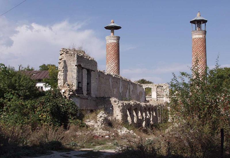 Глупость Пашиняна лишает Армению шанса на нормальную жизнь