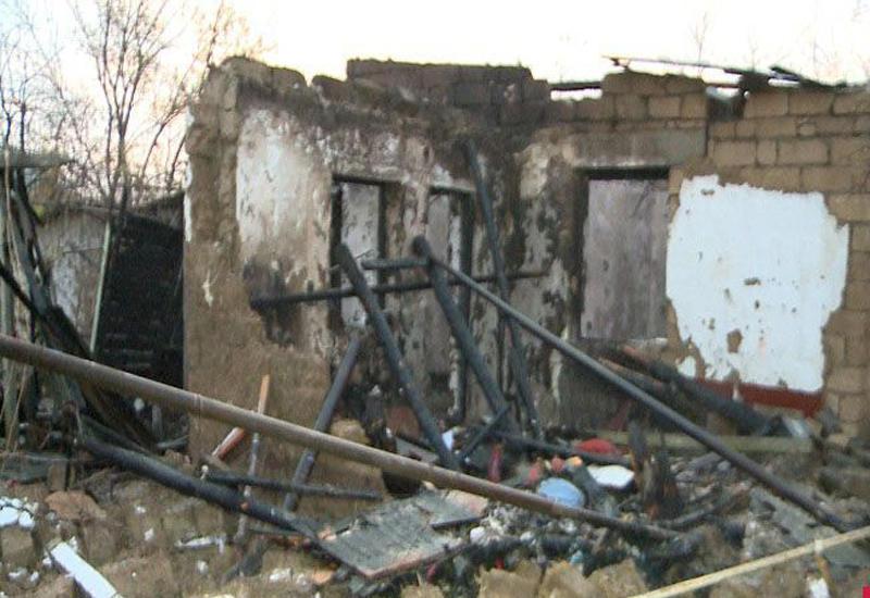 Пожар в частном доме в Агдамском районе, есть пострадавшая