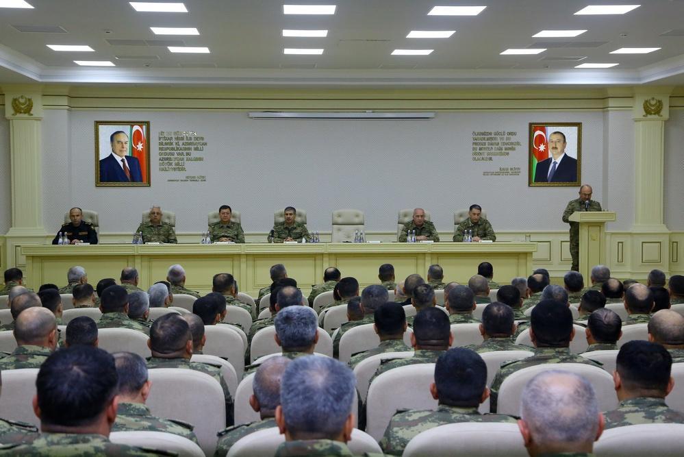 Закир Гасанов собрал командование азербайджанской армии
