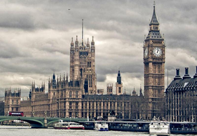 В Британии представители избирательных участков заявили о высокой явке