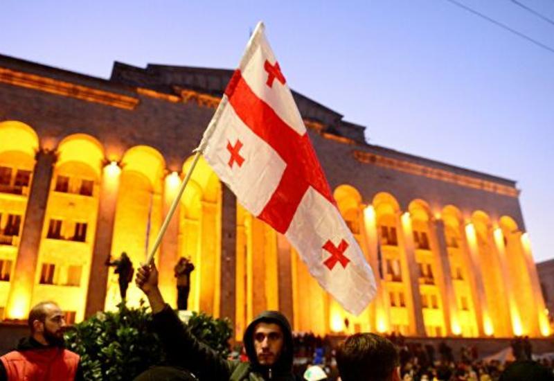 Парламент Грузии утвердил 14 кандидатов в судьи Верховного суда