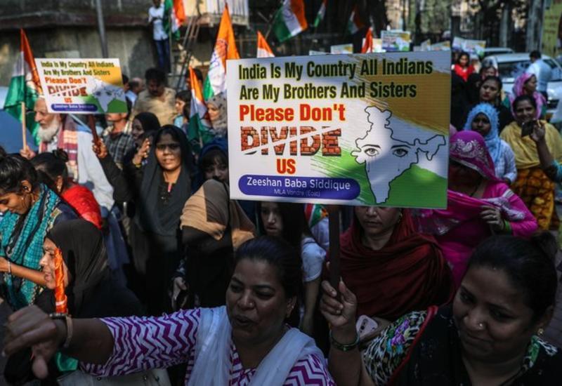 В Индии вспыхнули протесты из-за принятия спорного законопроекта о гражданстве