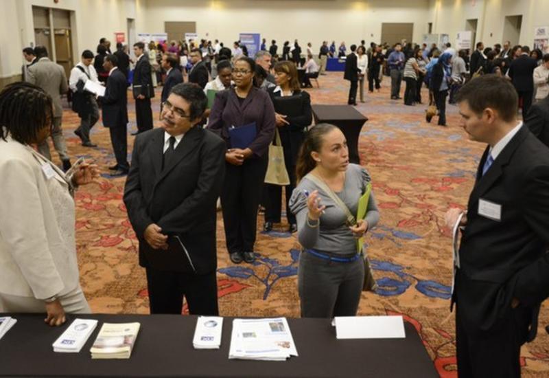 Заявки по безработице в США выросли до максимума с 2017 года