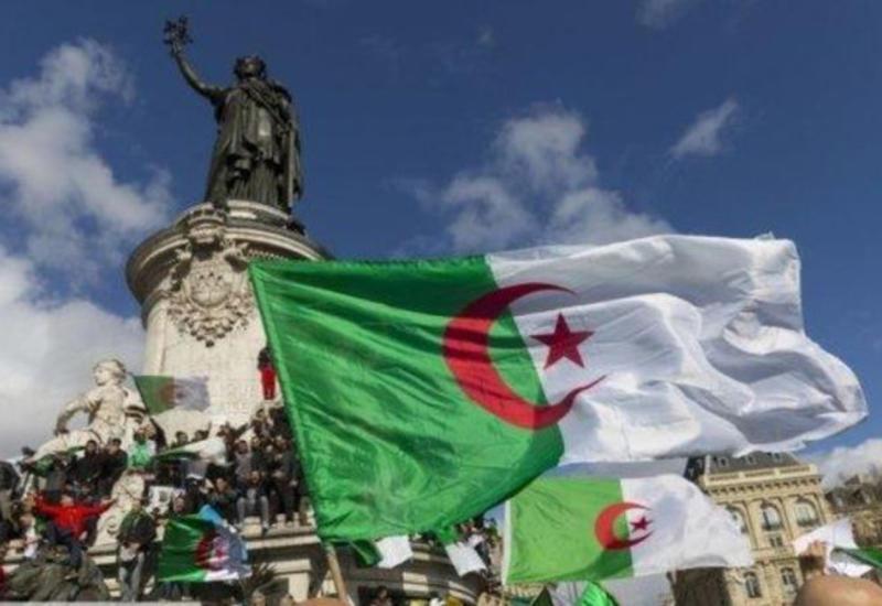 В Алжире пройдут президентские выборы