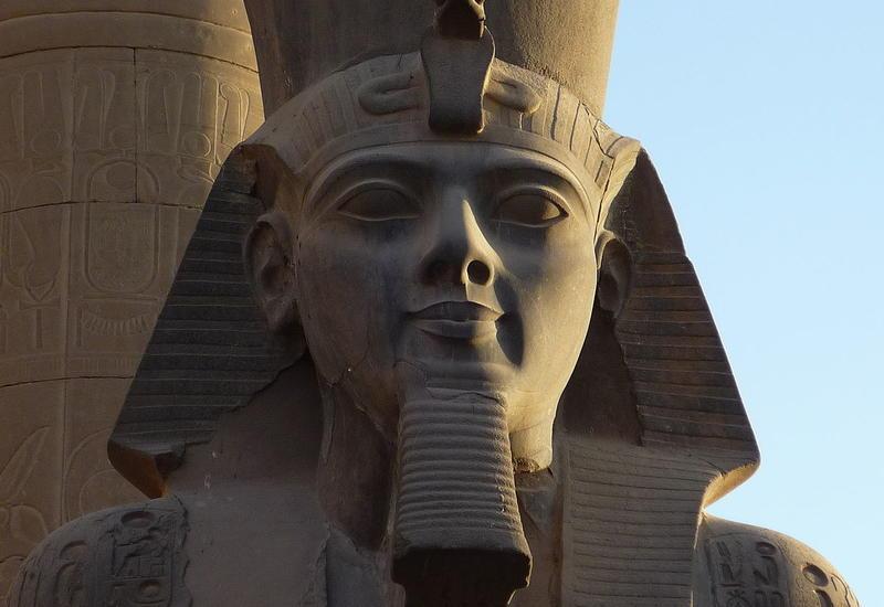 В Египте обнаружена необычная статуя фараона Рамзеса II
