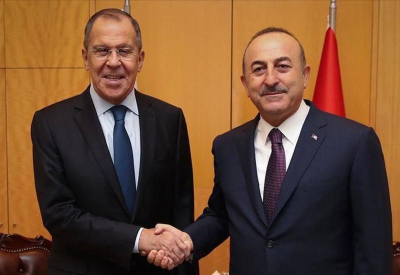 Главы МИД Турции и России обсудили региональные вопросы