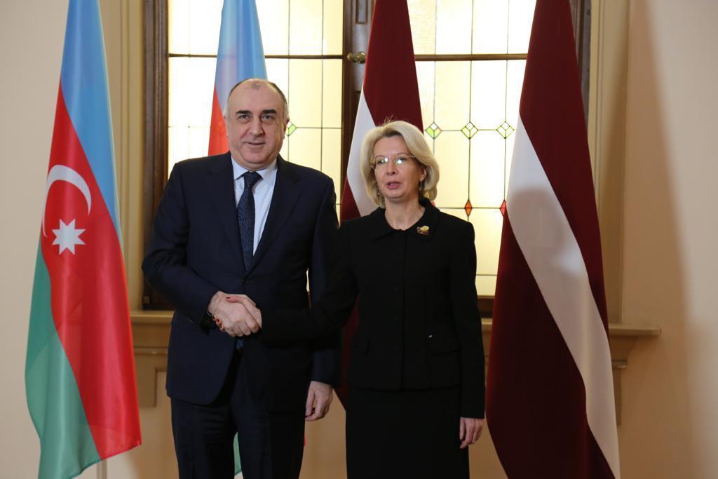 Эльмар Мамедъяров на переговорах с председателем Сейма Латвии