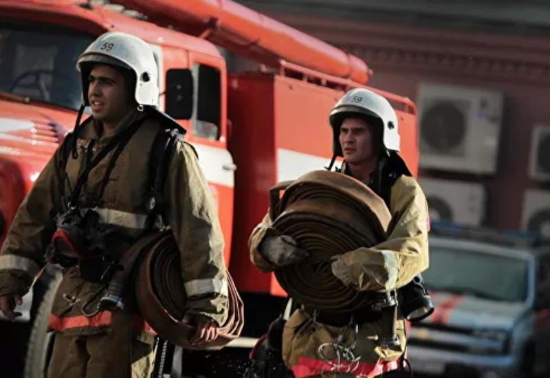 Площадь сильного пожара в России выросла до 1500 кв. метров